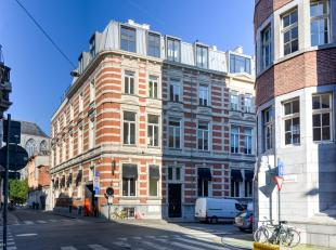 """Prachtig appartement in uniek historisch gebouw""""de oude jeugdrechtbank""""...Dit uniek met zorg gerestaureerde appartement situeert zich in een historisc"""