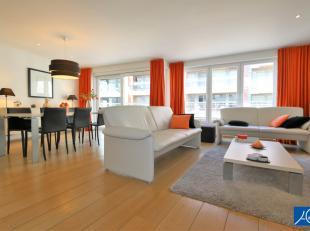 In dit klassevol appartement, gelegen in een gezellige woonbuurt en op wandelafstand van de zee en het winkelcentrum kan je met je gezin, je familie e