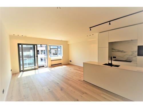 Appartement te koop in Knokke, € 550.000