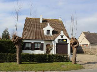 Zeer rustig gelegen charmante villa (5 slpk's) te Knokke.<br /> Deze villa ligt in een een doodlopende straat en is perfect georiënteerd.<br /> I