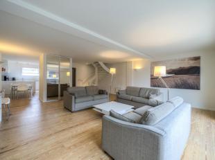 Ruim duplexapp. met mooie zonneterrassen in een residentie met welness en binnenzwembad, gelegen op de Paul Parmentierlaan op wandelafstand van de zee