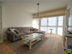 Mooi gemeubeld appartement met 1 slaapkamer centraal gelegen  vlakbij de Dumortierlaan en op slechts enkele meters van Lippenslaan en de Zeedijk.<br /