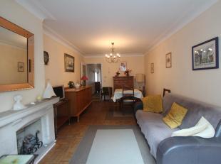 Goed gelegen1 slaapkamer appartement gelegen op wandelafstand van het strand.<br /> Indeling: inkom. Afzonderlijke keuken. Aangename woonkamer met ope