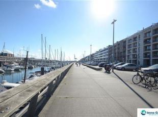 Res. Harbour view: Vlot bereikbare binnenstaanplaats op de Rederskaai van Zeebrugge! Ref. G551