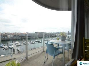 Res. Padua: Gemeubeld appartement met prachtig uitzicht over de jachthaven! Dit lichtrijk en aangenaam appartement geniet buiten zijn fenomenaal uitzi
