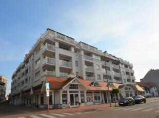 Rustig en centraal gelegen appartement vlakbij het commerciële centrum en op wandelafstand van de zee en het strand in een prestigieuze recente r