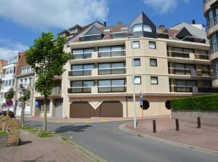 Recent vernieuwd appartement rustig gelegen doch heel centraal in de standingvolle residentie Greenfields met zonnig terras en een prachtig zicht over