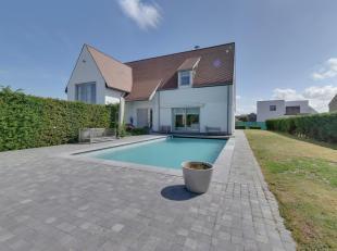 Mooie villa met verwarmd zwembad gelegen in een rustigeresidentiele wijk.Belle villa avec piscine chauffée bien situé dans une ré