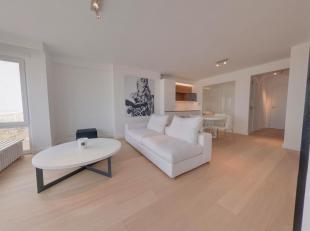 Uitzonderljik, stijlvol, totaal gerenoveerd appartement met frontaal zeezicht afgewerkt met hoogwaardige materialen gelegen nabij het Albertplein. Ind
