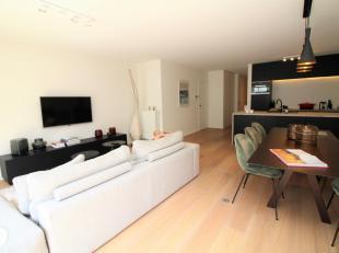 Volledig vernieuwd appartement gelegen op de 3de verdieping in het commerciële centrum van Knokke vlakbij Zeedijk-Knokke, Kustlaan, Dumortierlaan