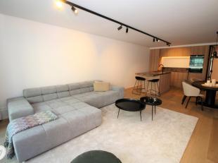 Premium appartement gelegen op de 2e verdieping met lateraal zicht op het Lichttorenplein.<br /> Topligging tussen het Lichttoren- & Diehoeksplein