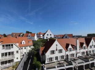 Recent 3-slaapkamer appartement met prachtige open zichten over Duinbergen.<br /> <br /> Dit ruim doorloop appartement is gelegen vlakbij de Zeedijk