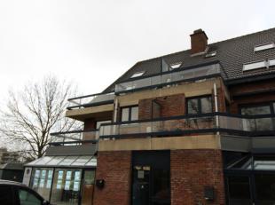 Deze mooi vernieuwde studio is gelegen nabij het centrum van Brugge en Sint-Kruis. De studio is gelegen op de 4de verdieping, te bereiken met een lift