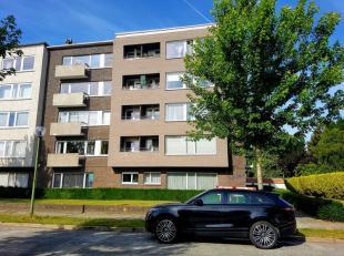 In deze hedendaagse residentie bevindt zich dit mooi appartement (oppervlakte 121m²).De recente renovatiewerken aan het appartement dragen bij to