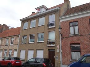 Appartement in de binnenstad Op te frissen appartement op uitstekende ligging in de binnenstad, nabij de Coupure en op wandelafstand van het centrum.