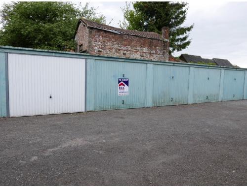 Garage te koop in Assebroek, € 19.500