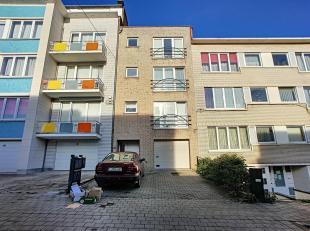 Dicht bij de wijk De Wand gelegen, bieden wij een appartement beschikbaar voor 1 januari. Het is als volgt samengesteld: een verblijf van +/- 20m&sup2