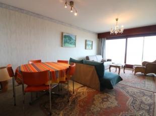 Studio met terras en prachtig zeezicht op de 8ste verdieping van de residentie Golfslag. Deze studio bestaat uit: - inkomhal; - leefruimte; - aparte k