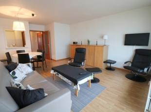 Goed onderhouden appartement met één slaapkamer en prachtig zeezicht op de 9e verdieping van de residentie Nord Vrie. Dit appartement be