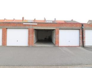 Garagebox in de Willem Tellstraat. Lengte: 5m65. Breedte: 2m95.