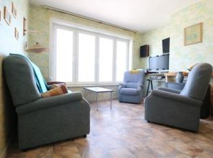 Ruim appartement met 3 slaapkamers op de zeedijk van Blankenberge. Dit appartement bevindt zich op de 8e verdieping van de residentie Regent, vlak aan