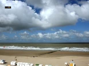Met zicht op zee en het strand, laat uw verbeelding spreken. 2 slaapkamer appartement met een bom van mogelijkheden. bel en neem een kijkje 050 41 55