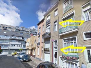 Opbrengst woning bestaande uit 3 appartementen en een garage, gelegen vlak aan het centrum en de jachthaven.Ruime garage (5m44 x 2m41) op het gelijkvl