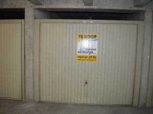 Centraal gelegen garagebox aan de rugzijde van de Zeedijk.  Deze royale box is gelegen op de -2 verdieping en heeft een binnenafmeting van  +/- 2m90 b
