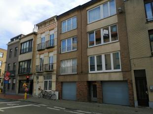 Ideaal woonappartement met 2 slpks in een kleinschalige residentie, op 150m van de Grote Markt van Blankenberge.Mooie leefruimte met aparte keuken, in