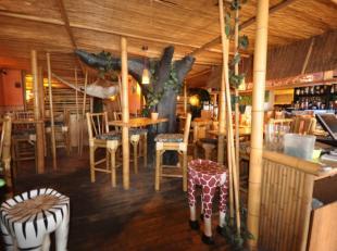 Cocktail- en Ijsbar 'Tam Tam' Zeedijk Middelkerke - reeds 30 jaar succesvol uitgebaat - 100 zitplaatsen binnen - 36 zitplaatsen terras - specialisatie