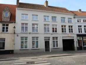 Centrum Brugge vlakbij Gulden Vlieslaan - ruim handels- of kantoorgelijkvloers 165m² handelsoppervlakte - met achtertuin 16 m² -  geschikt v