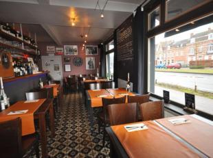 Brasserie - resto - bar 'Taco' op invalsweg te Brugge - hoekpand met terras - reeds 21 jaar succesvol uitgebaat door zelfde eigenaar - eigentijds inte