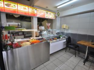 Pitta 'Antalya' -  horecazaak gelegen op het drukke kruispunt Petit Paris - volledig handelshuis bestaande uit horecazaak met mezzanine en sanitair -