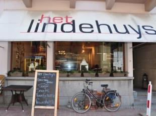 Taverne-Snack hoofdwinkelstraat Middelkerke, dagzaak met 40 zitpl. + terras van 16 zitpl., vrij van brouwer, ideale zaak voor koppel!
