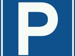 Garagestaanplaats te huur aan het Leopoldplein.