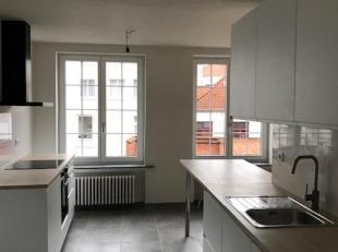 Mooie renovatie ! Gelegen aan de idyllische Brugse reien in hartje centrum. Appartement met twee slaapkamers gelegen in het centrum van Brugge. Ingeri