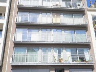 Oostende, goed onderhouden 2 slpk appartement met een autostaanplaats in de Residentie, gelegen op het 3de verdiep met een topligging, vlakbij winkels