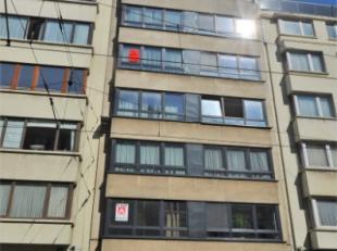 Oostende-Centrum, zeer goed onderhouden 1 slaapkamer appartement op de 4de verdieping in Residentie Claudia, gelegen vlakbij het strand, casino en div