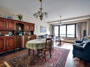 Appartement gelegen in de residentie Atlantis te Oostende. Indeling: inkom hall, slaapkamer, keuken met toestellen, ruime woonkamer, apart toilet en b