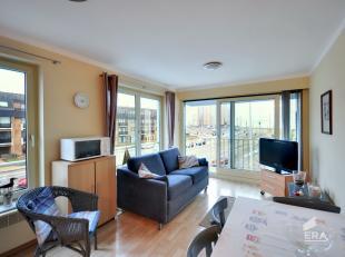 Gemeubeld lichtrijk appartement gelegen in de residentie Château Beaulieu, op de 2 de verdieping.Indeling: inkom, open ingerichte keuken, lichtr