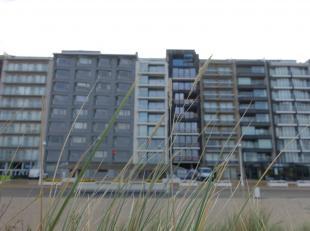 Laatste twee appartementen te koop! Eerste verdieping - bestaande uit inkom, ruime leefruimte, salon met prachtig zicht op zee en vaargeul, eethoek, v