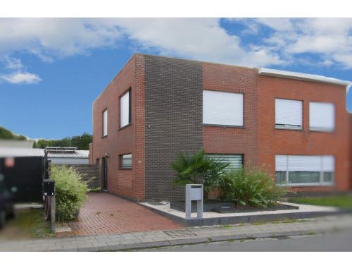 Woning te koop in Oudenburg, € 289.000
