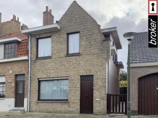 Zeer degelijke woning in het centrum van De Panne - vlakbij de zee, het centrum, winkels en openbaar vervoer. <br /> <br /> * Twee zeer ruime slaapkam
