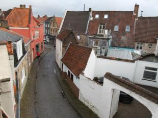 opbrengsteigendom gelegen in het charmante stadje Brugge, op 1km van het centrum;<br /> gezamelijke inkomhal;<br /> gelijkvloersappartement bestaand u