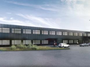 Bestaand bedrijfsgebouw dat opgesplitst zal worden in verschillende loodsen en kantoorruimten met oppervlaktes variërend van 112 m² tot 2.00