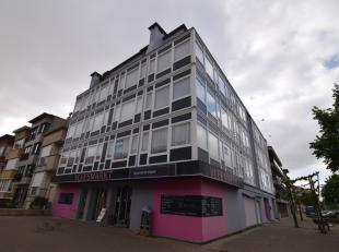 Het appartement heeft de volgende indeling:<br /> Ruime woonkamer;<br /> Open keuken;<br /> Twee slaapkamers met ingebouwde kasten;<br /> Badkamer met