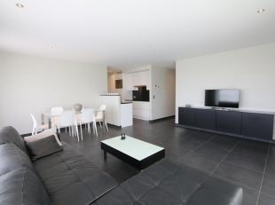Dit appartement is gelegen aan de achterkant van het complex Sailor's Beach, in de Villa Capricia en biedt u<br /> een zeer ruime leefruimte met grote