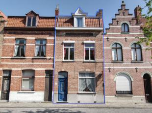 -in de Calvariebergstraat te Brugge geniet men van het stadsleven op een rustige,<br /> doch centrale locatie vlakbij buurtwinkels, een gunstige aansl