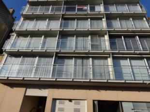 Indeling:Woonkamer met aansluitend balkon;Open keuken;Badkamer;Twee slaapkamers;Toilet;Berging;+ euro 75 maandelijkse provisie met voorschotten waterv