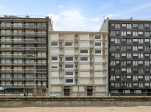 Ruim appartement op de verkeersvrije zeedijk;<br /> 2 ruime slaapkamers;<br /> living met prachtig zeezicht;<br /> ingerichte keuken;<br /> te moderni